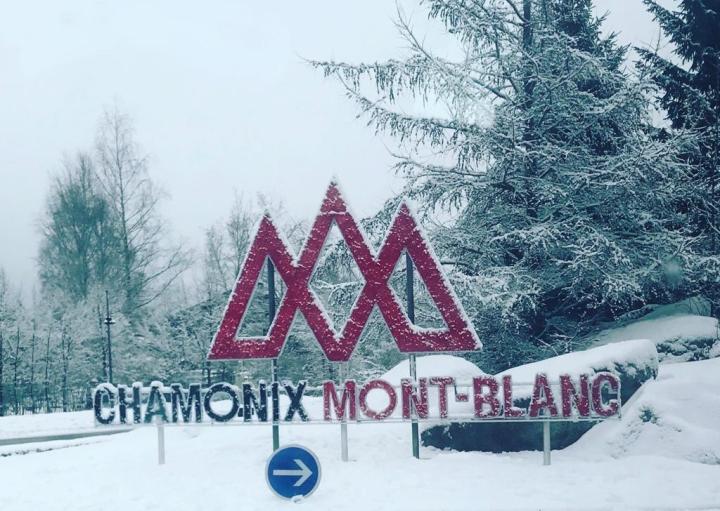 Letreiro Chamonix