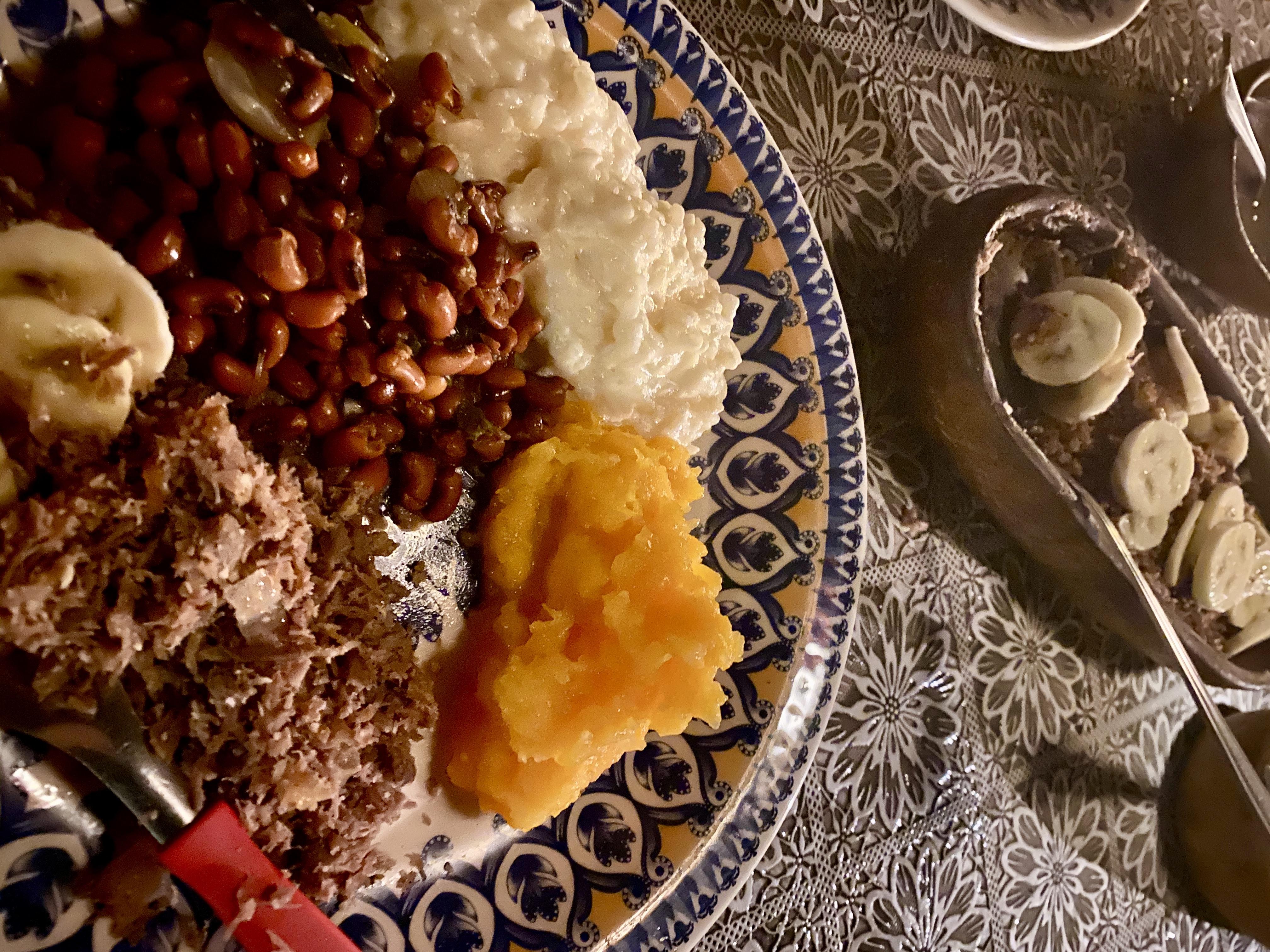 Comida nordestina em Jeri - paçoca arroz de leite feijão de corda